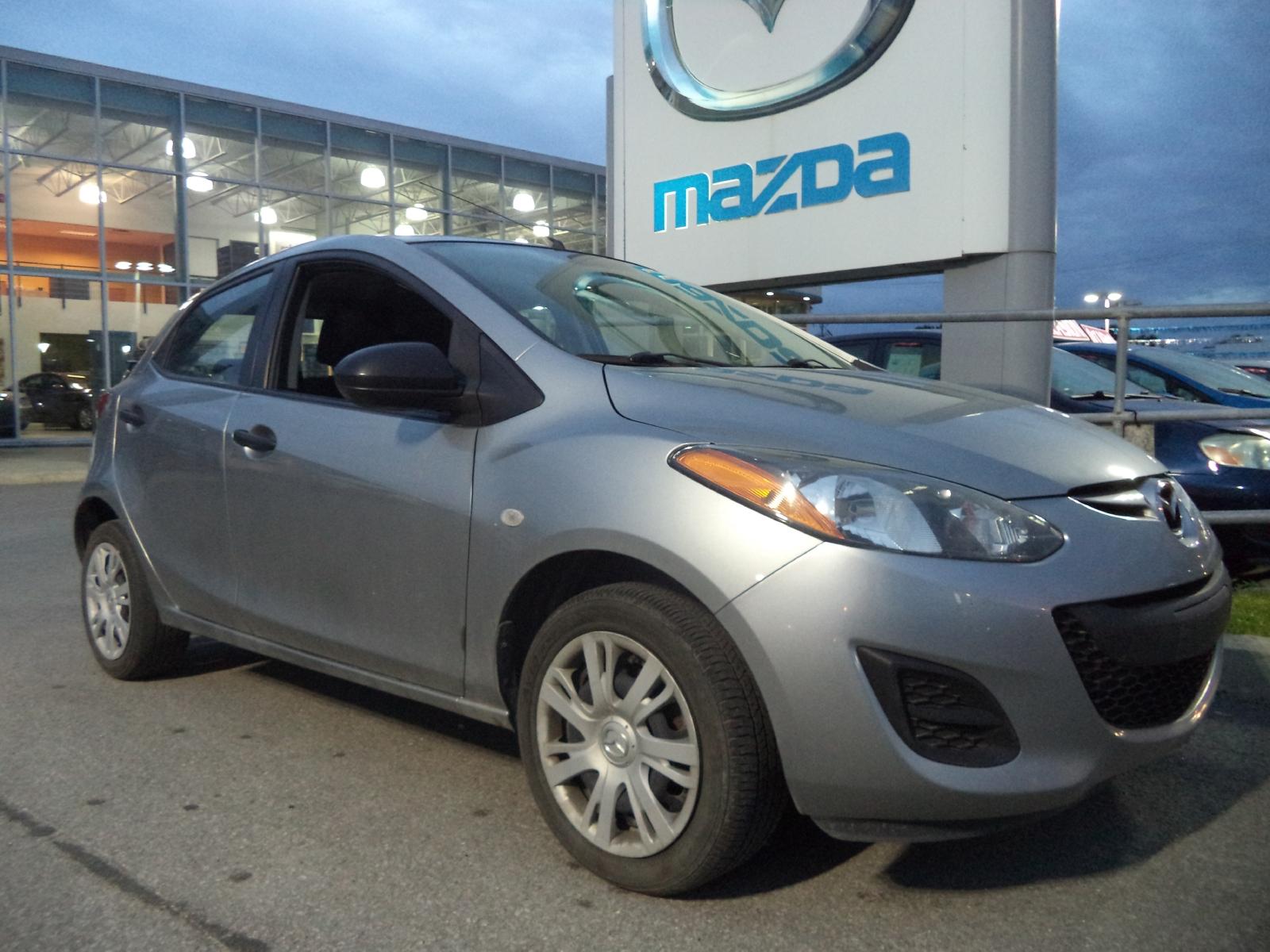 Mazda 2 GX 2011