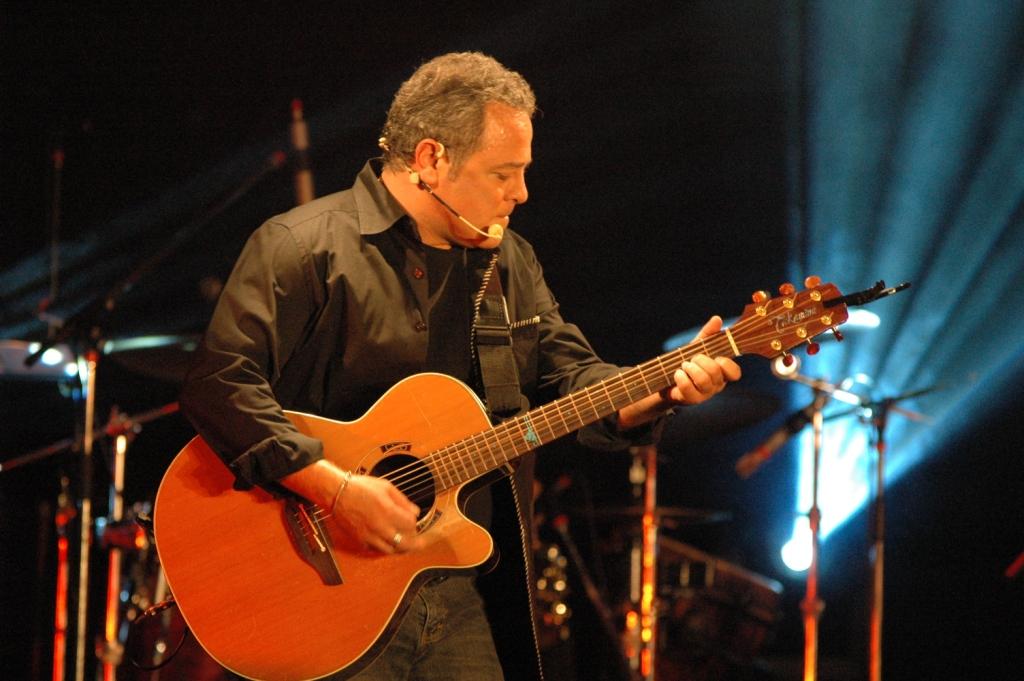 manuel-tadros-guitard